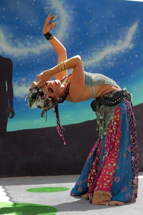 Thể loại: Cabaret Belly Dance