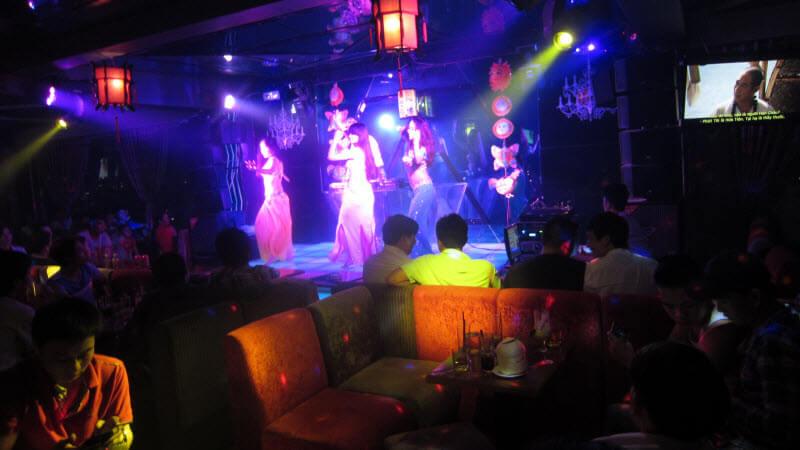 Hình ảnh Sôi động điệu múa Belly Dance cuốn hút tại Cafe Quang Minh - SaiGon Bellydance múa bụng ấn độ