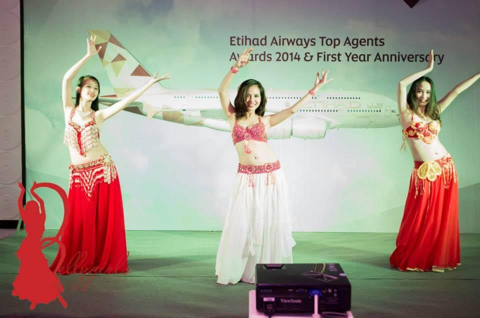 Belly Dance tri ân khách hàng Etihad Airways 2014