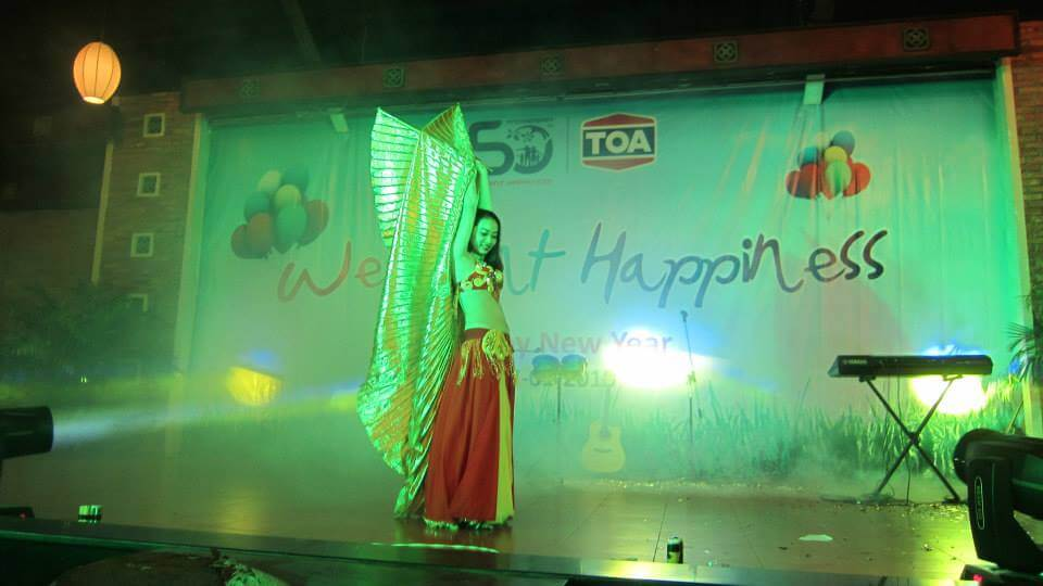 Biểu diễn Belly Dance tại bữa tiệc tất niên cuối năm