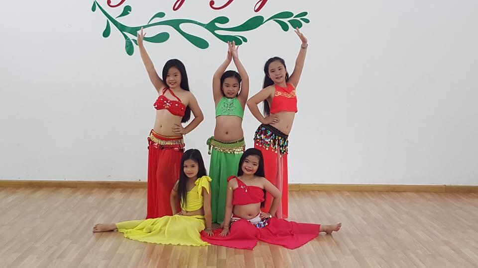 Tiết mục múa bellydance trẻ em chuyên nghiệp