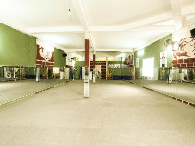 Không gian rộng rãi cho thành viên thoải mái biểu diễn